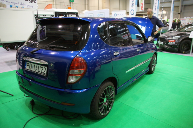 daihatus sirion electric