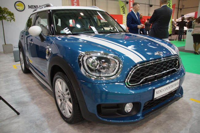 mini countryman E all4