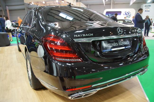 Tył Mercedes Maybach