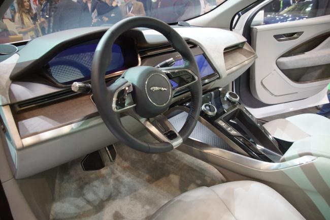 Wnętrze prototypowego Jaguara I-pace