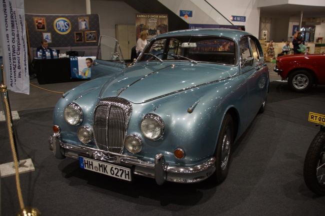 Daimler 2.5 V8